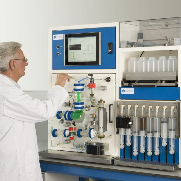 An attendant using the tiny-TIM by Triskelion in a lab setting